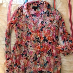 Women's JCREW floral button up, Size Small(2)